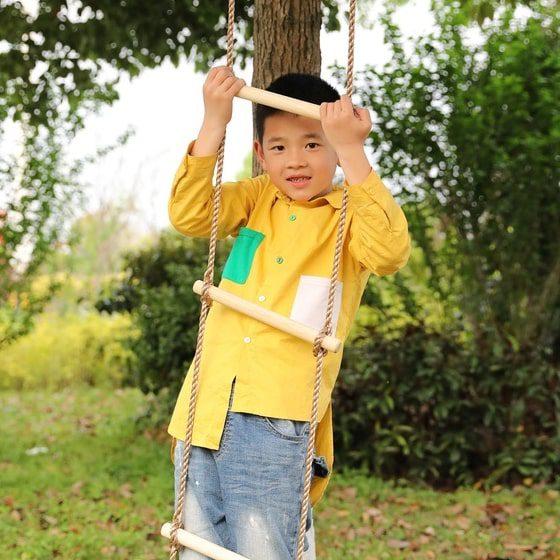 climb rope ladder